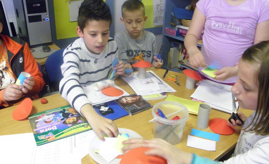 Taalspelletjes ili jezične igre