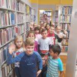Učenici prvog razreda osnovne škole Grgura Karlovčana posjetili Gradsku knjižnicu Đurđevac